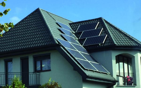 Domowa elektrownia słoneczna. Co trzeba wiedzieć przed założeniem elektrowni słonecznej?
