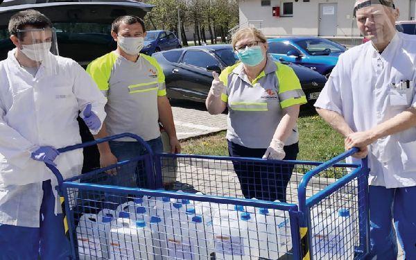 Siniat i Promat wspierają szpitale i szkoły